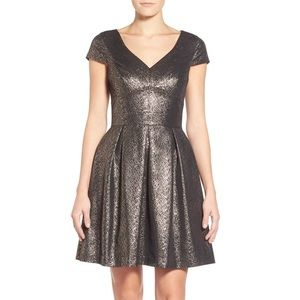 Vince Camuto Gold Jacquard Cocktail Party Dress 10